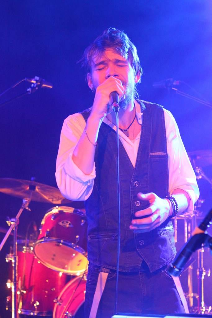 Robin alias Ilyr, chanteur à la Nekyia