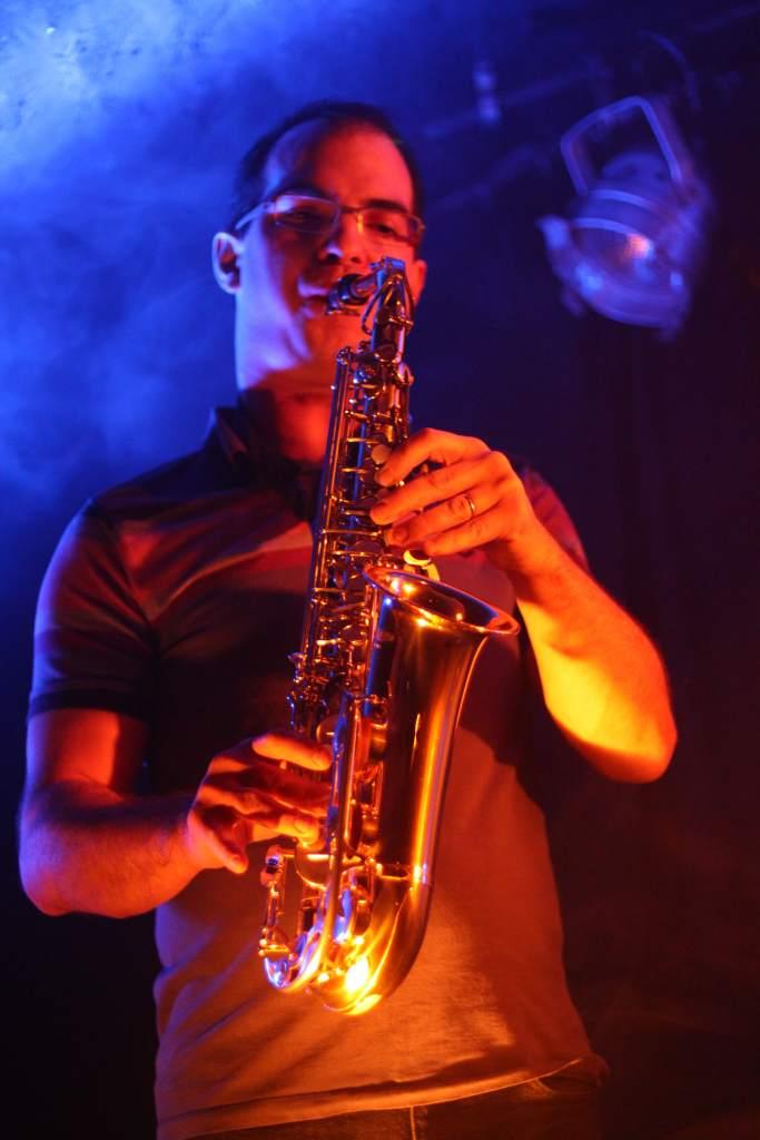 Guillaume est au saxophone pour La Nekyia