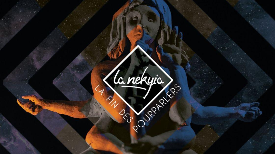 Image de la déesse à six bras, aux couleurs de La Nekyia